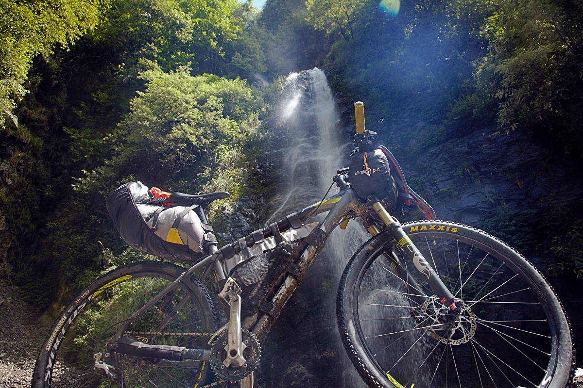 90 Days Cycling in the Himalayas: Day 5: Dharanghati to Jeori