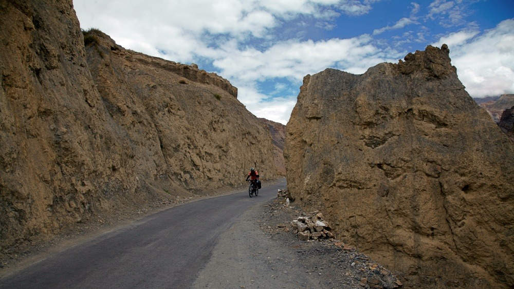 Cycling from Tabo to Dhankar