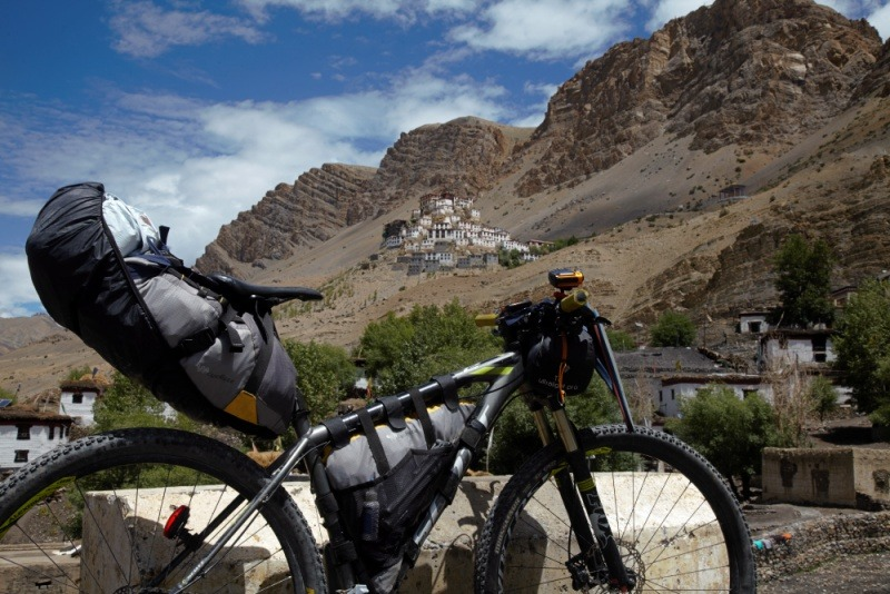 90 Days Cycling in the Himalayas: Day 14: Kaza to Losar