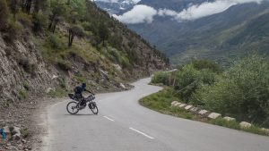 Cycling from Keylong to Zanskar Sumdo