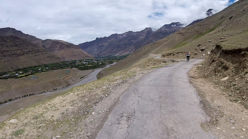 Cycling from Parkachik to Kargil through Suru Valley
