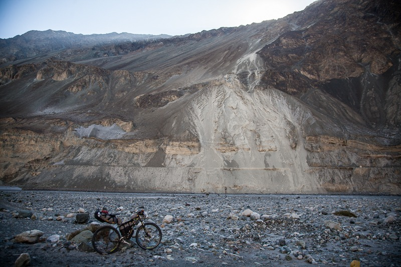 Cycling from Hundar to Turtuk