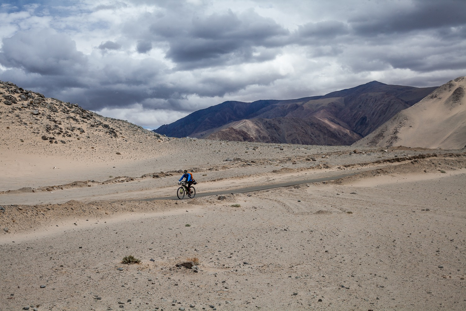 90 Days Cycling in the Himalayas: Day 59 & 60: Hanle to Sumdo
