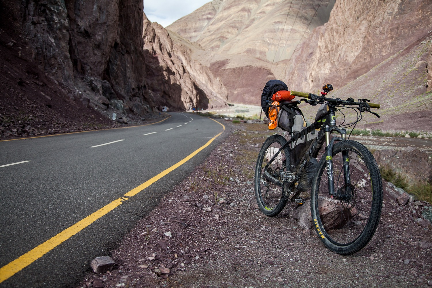 90 Days Cycling in the Himalayas: Day 68: Leh to Lato