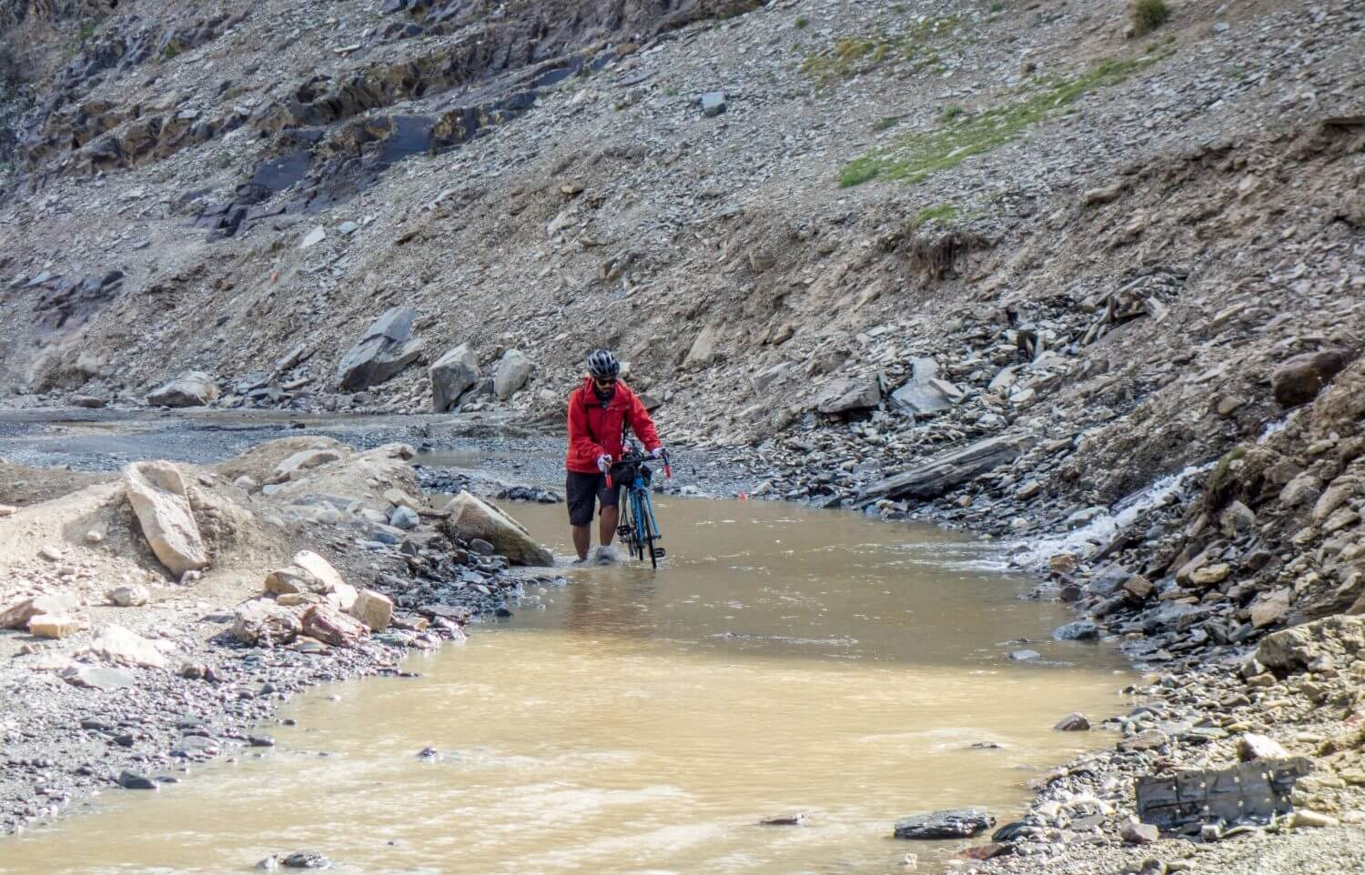 Streams on Manali-Leh highway