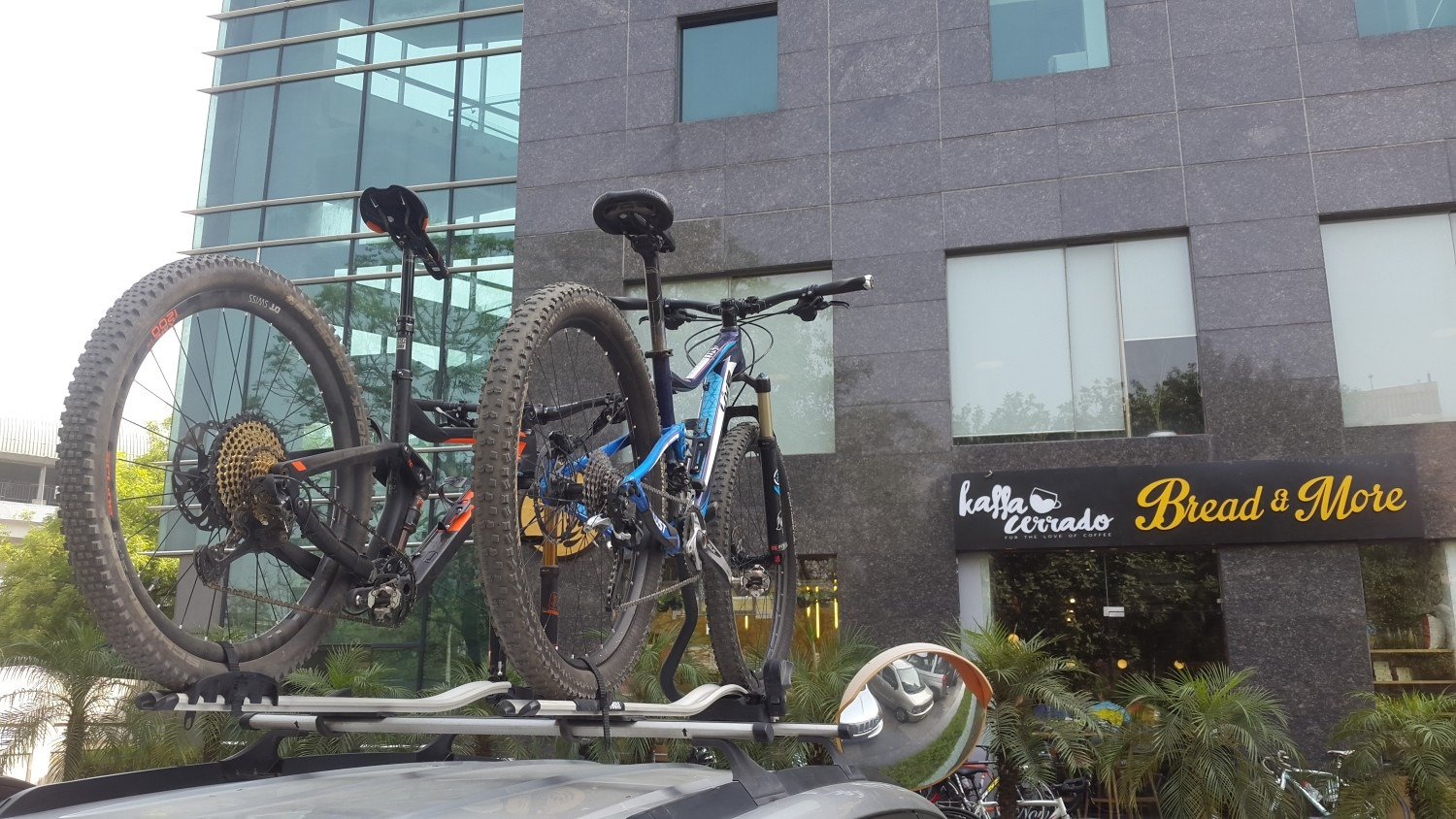 Using bicycle roof rack in India