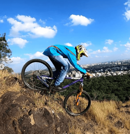 Virendra Mali Mountain biking in Pune at Gordeshwar